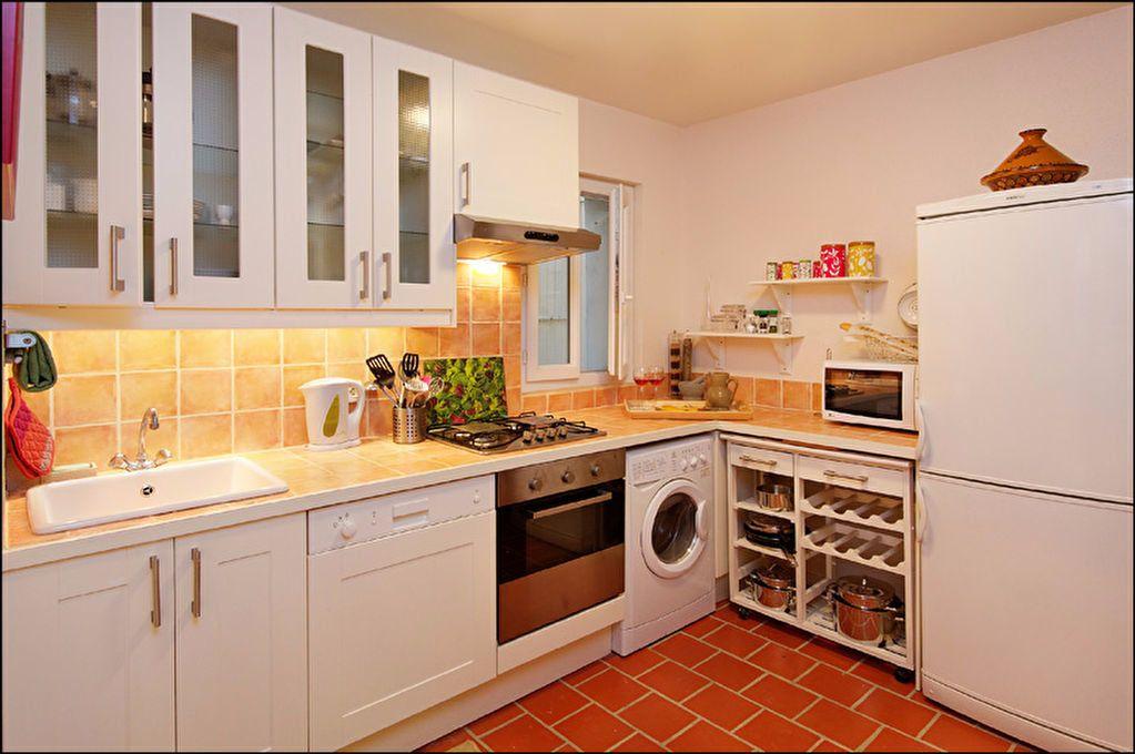 Appartement à louer 3 83.07m2 à Nice vignette-3