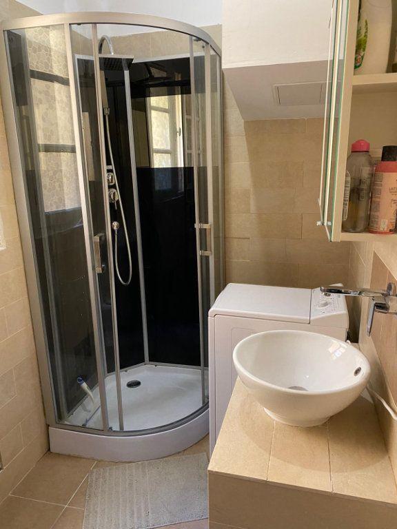 Appartement à louer 2 32.66m2 à Nice vignette-4