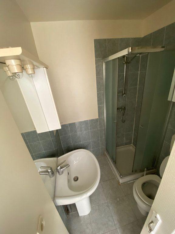 Appartement à louer 3 46.27m2 à Nice vignette-7