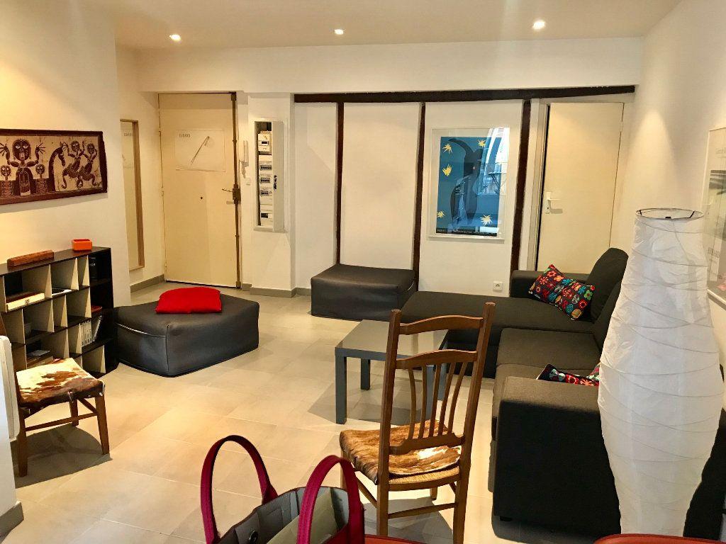 Appartement à louer 2 44.31m2 à Nice vignette-5