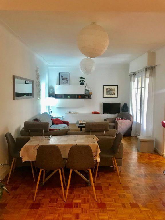 Appartement à louer 3 77.42m2 à Nice vignette-1