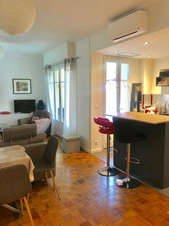 Appartement à louer 3 77.42m2 à Nice vignette-5
