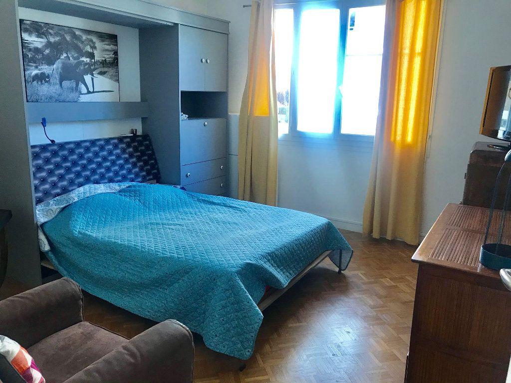 Appartement à louer 3 77.42m2 à Nice vignette-7