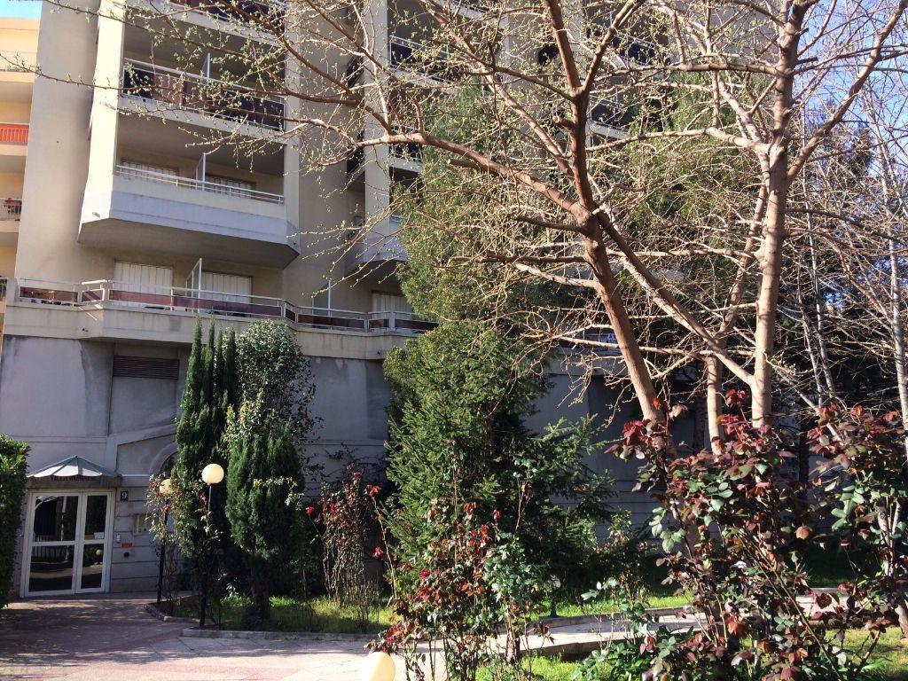 Appartement à louer 1 19.8m2 à Nice vignette-1