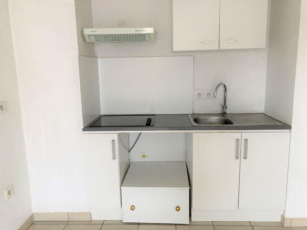 Appartement à louer 2 37.38m2 à Cagnes-sur-Mer vignette-6