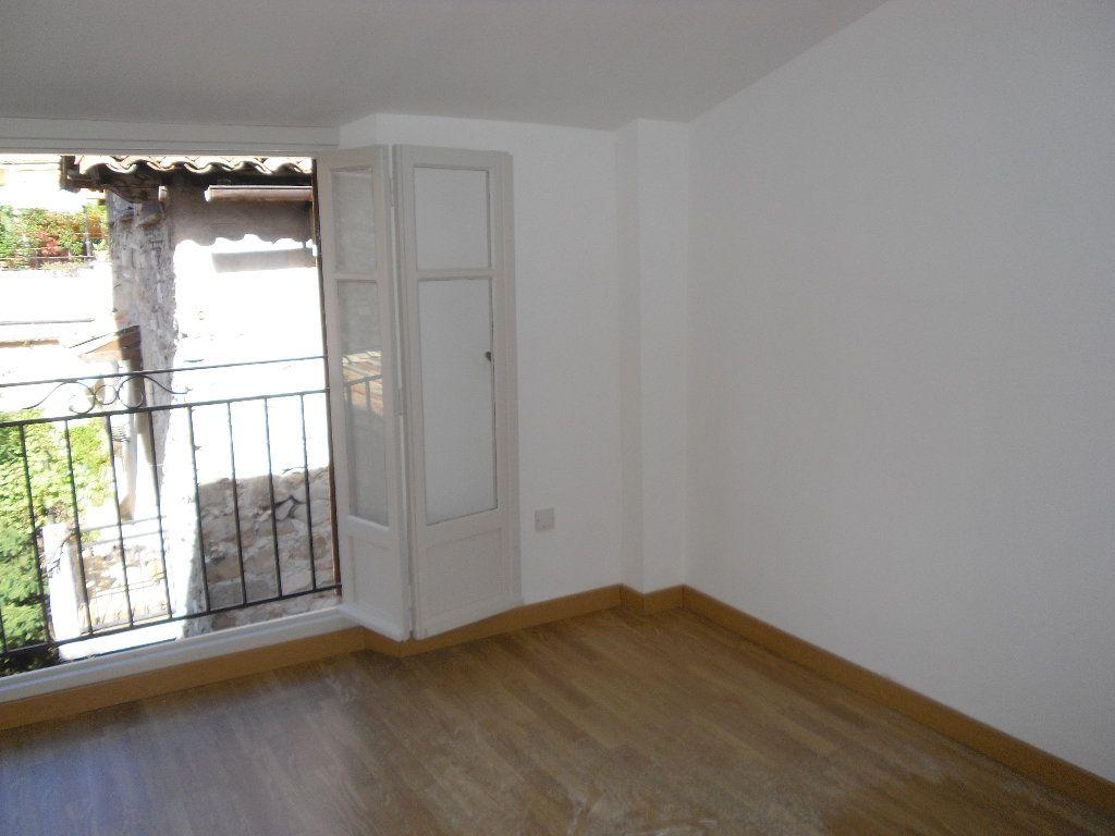 Appartement à louer 3 41.09m2 à Lucéram vignette-8