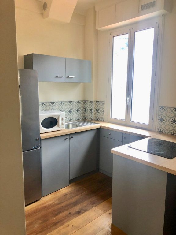 Appartement à louer 2 40.75m2 à Nice vignette-2