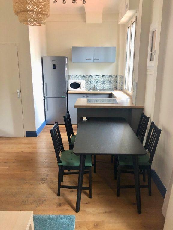 Appartement à louer 2 40.75m2 à Nice vignette-4