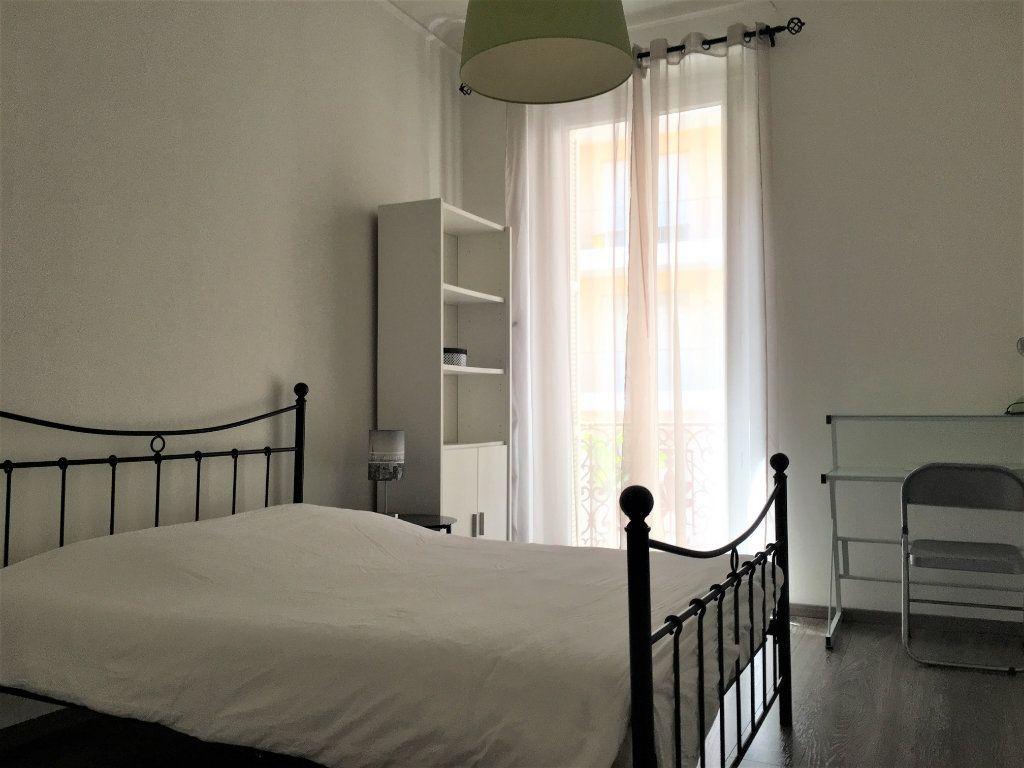 Appartement à louer 3 53.42m2 à Nice vignette-5