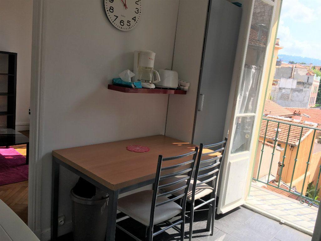 Appartement à louer 1 22.03m2 à Nice vignette-4