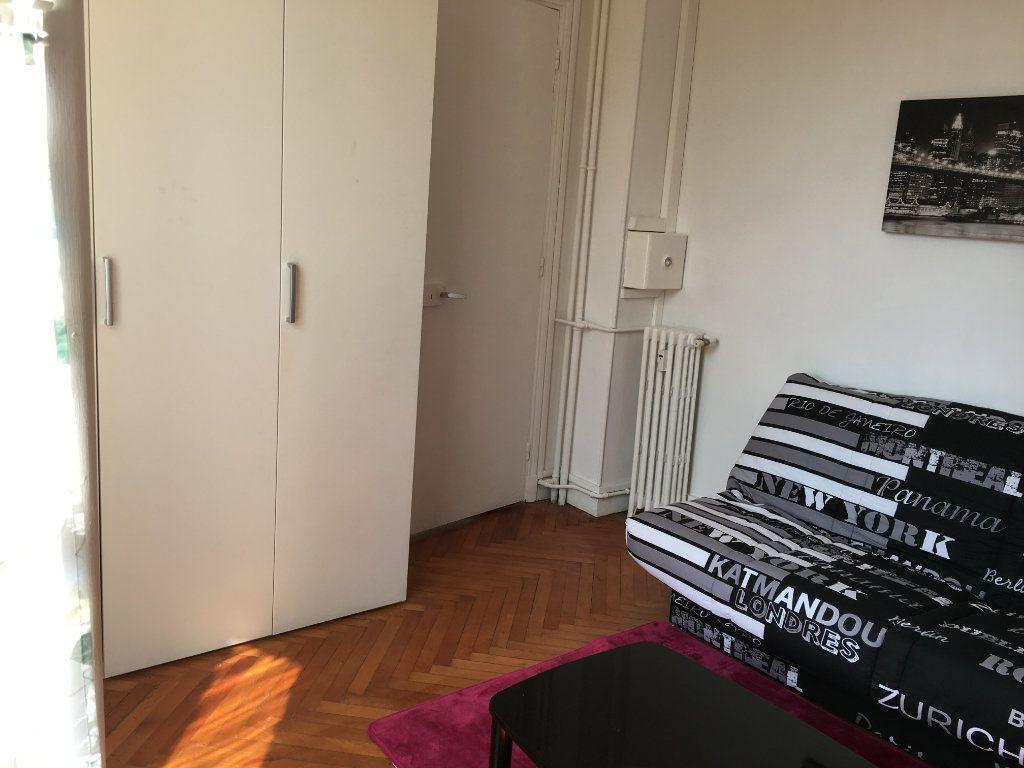 Appartement à louer 1 22.03m2 à Nice vignette-6
