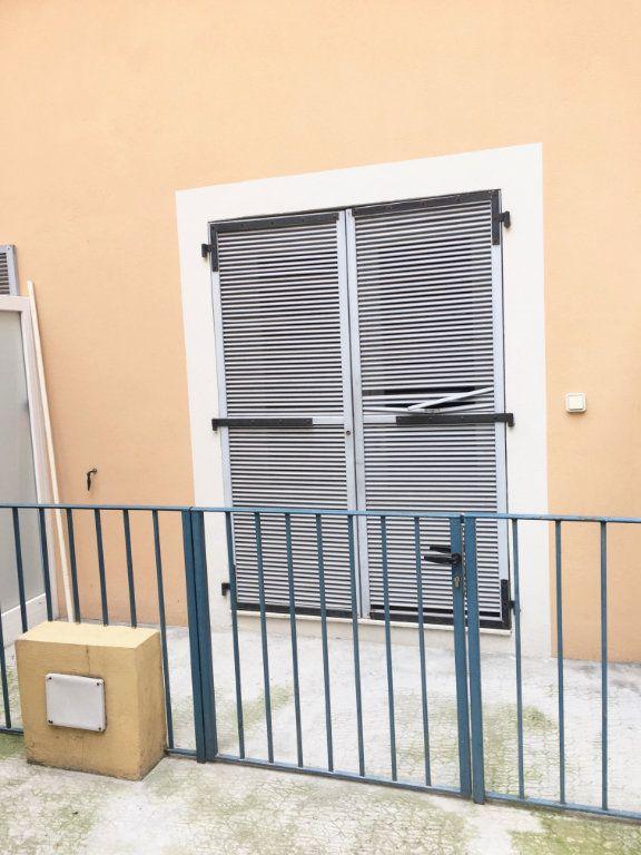 Appartement à louer 2 30.33m2 à Nice vignette-7