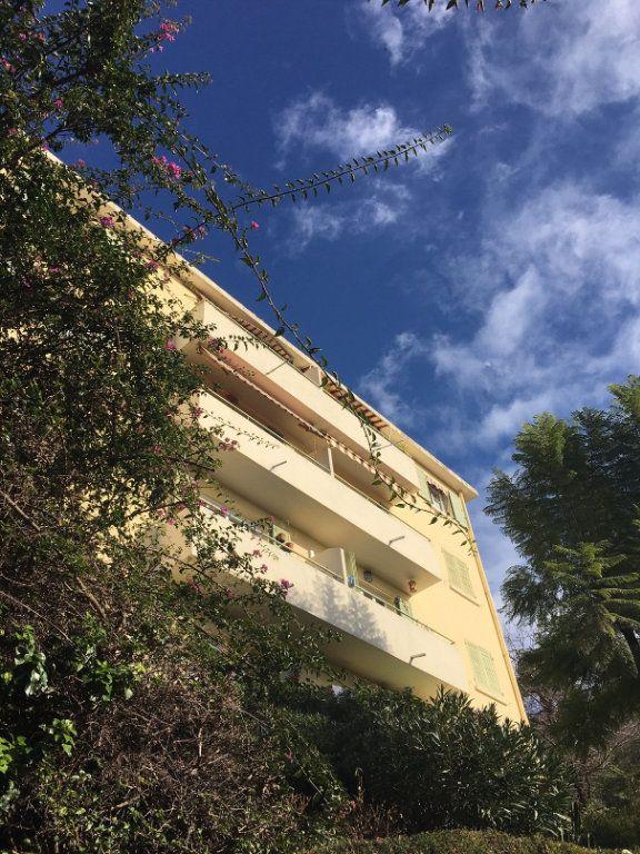 Appartement à louer 2 43m2 à Nice vignette-7