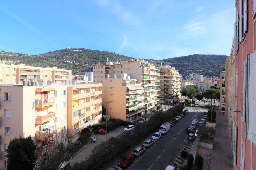 Appartement à vendre 2 39.8m2 à Nice vignette-2