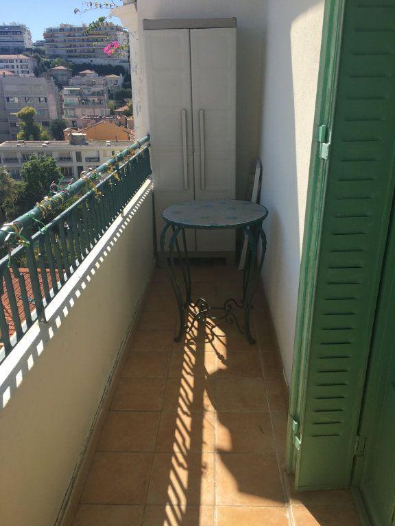 Appartement à louer 1 31.03m2 à Nice vignette-3