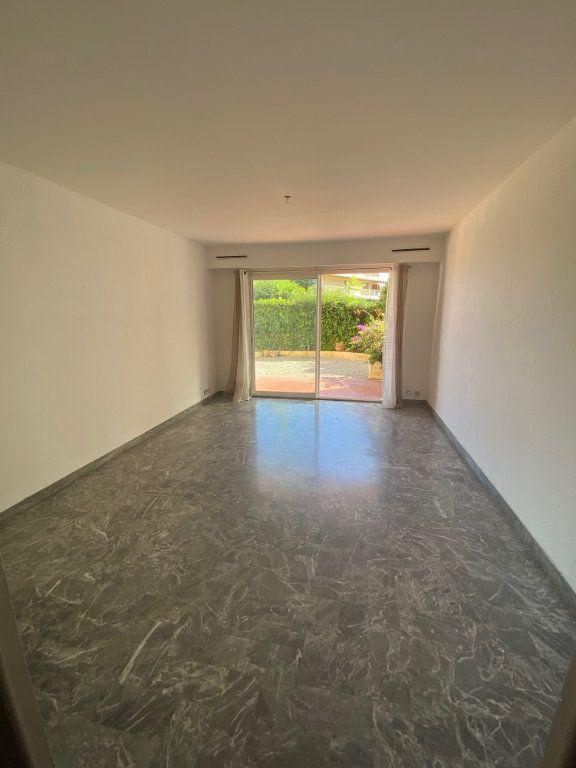 Appartement à louer 3 71.88m2 à Nice vignette-3