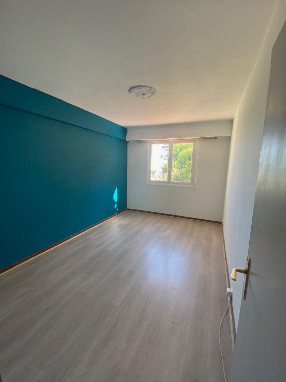 Appartement à louer 3 71.88m2 à Nice vignette-6