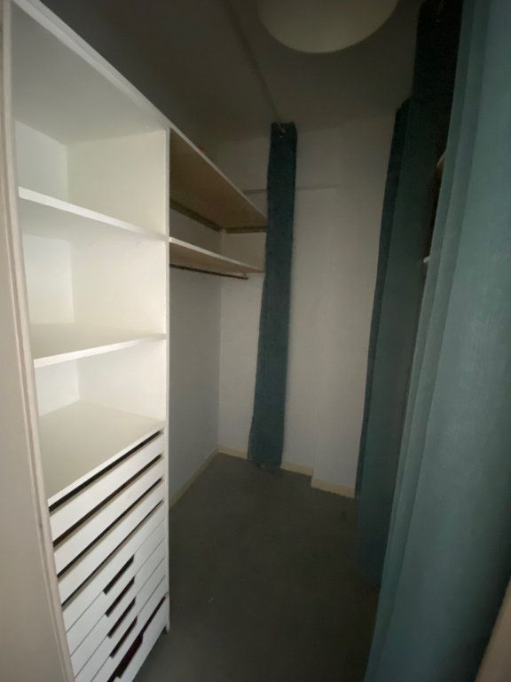 Appartement à louer 3 71.88m2 à Nice vignette-9