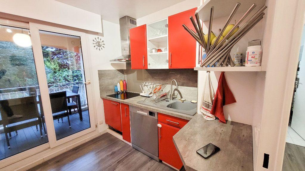 Appartement à vendre 3 73m2 à Cagnes-sur-Mer vignette-12