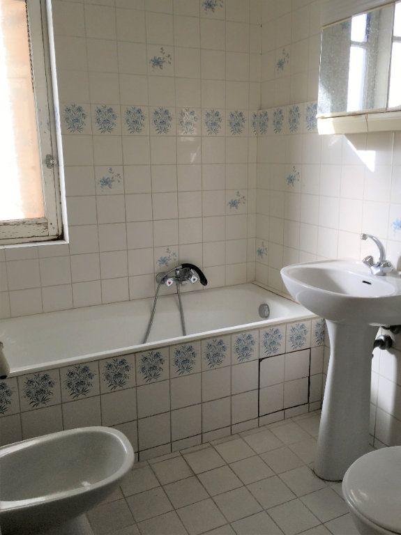 Appartement à louer 2 52m2 à Nice vignette-7