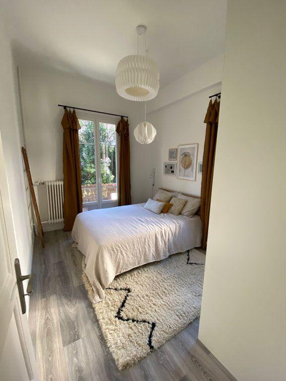 Appartement à louer 2 31.59m2 à Nice vignette-3