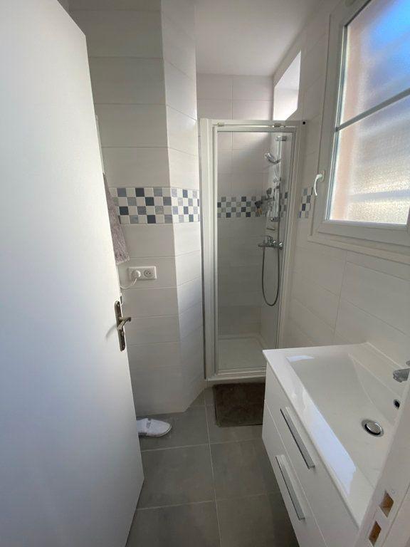 Appartement à louer 2 31.59m2 à Nice vignette-6