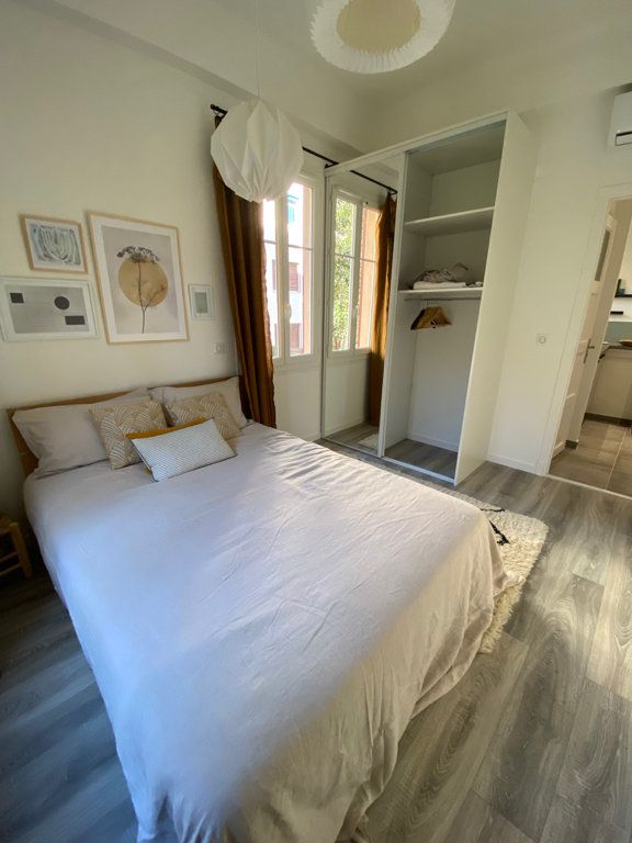 Appartement à louer 2 31.59m2 à Nice vignette-7