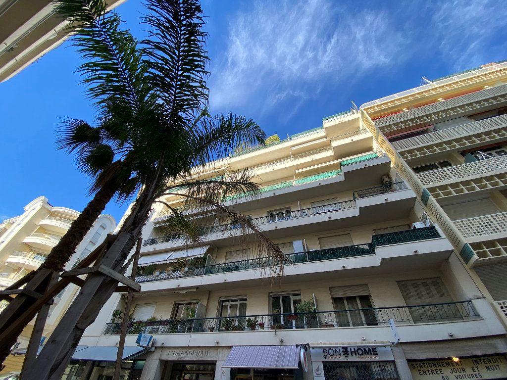 Appartement à louer 3 77.12m2 à Nice vignette-5