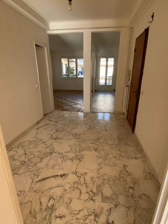 Appartement à louer 3 77.12m2 à Nice vignette-8