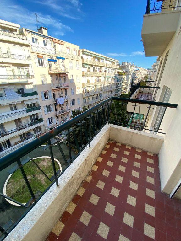 Appartement à louer 3 77.12m2 à Nice vignette-10