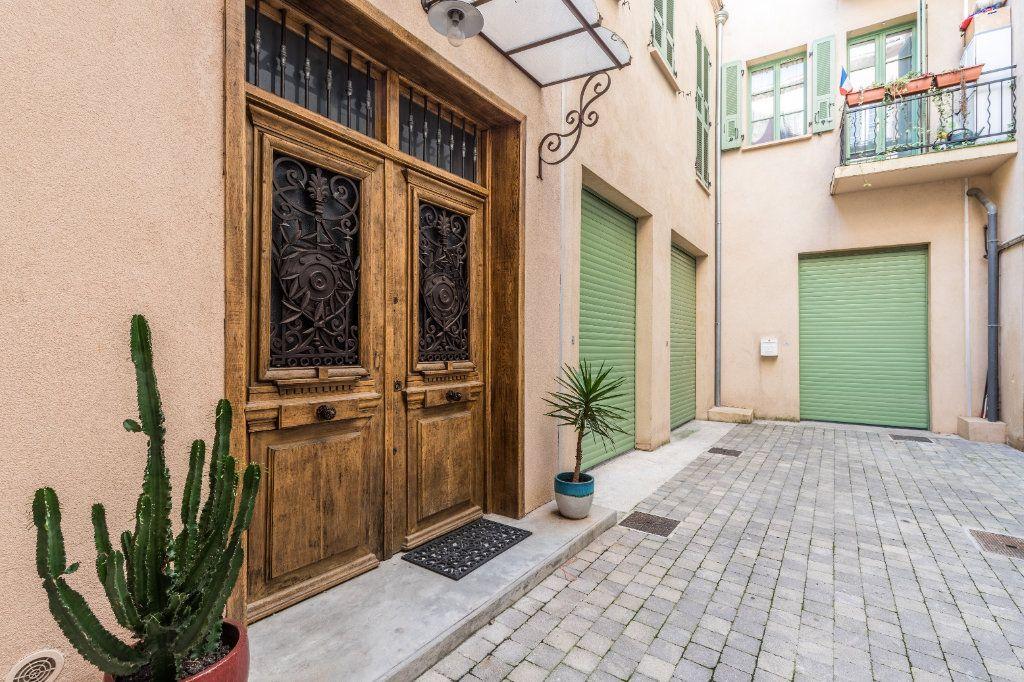 Appartement à vendre 4 83.75m2 à Nice vignette-3