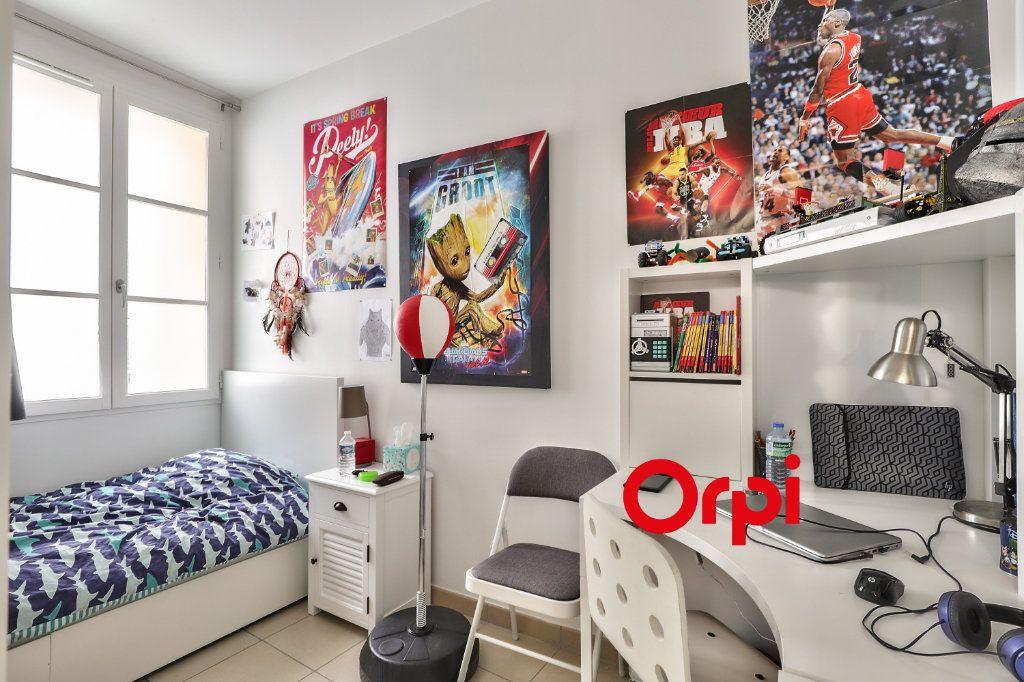 Appartement à vendre 4 83.75m2 à Nice vignette-9