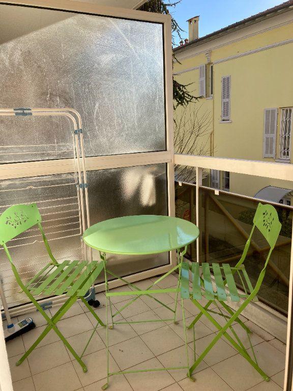 Appartement à louer 1 25.22m2 à Nice vignette-1