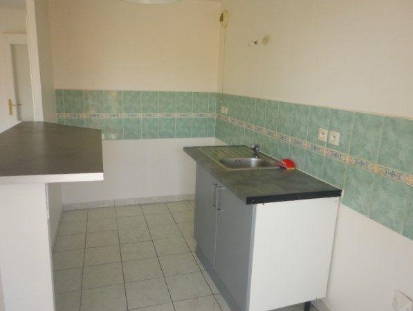 Appartement à vendre 3 54.15m2 à Saint-Laurent-du-Var vignette-3