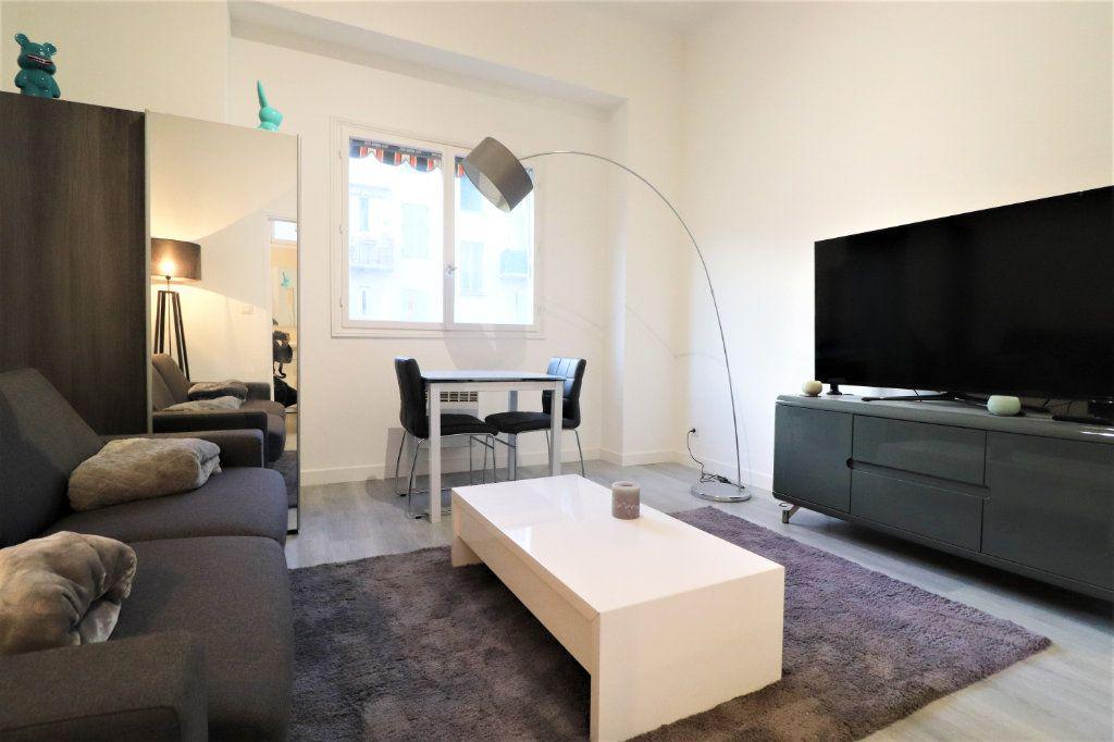 Appartement à vendre 1 22.93m2 à Nice vignette-1
