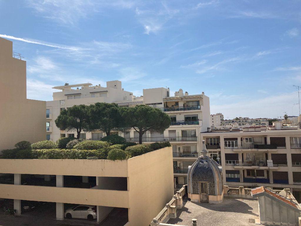 Appartement à louer 2 40.06m2 à Nice vignette-2