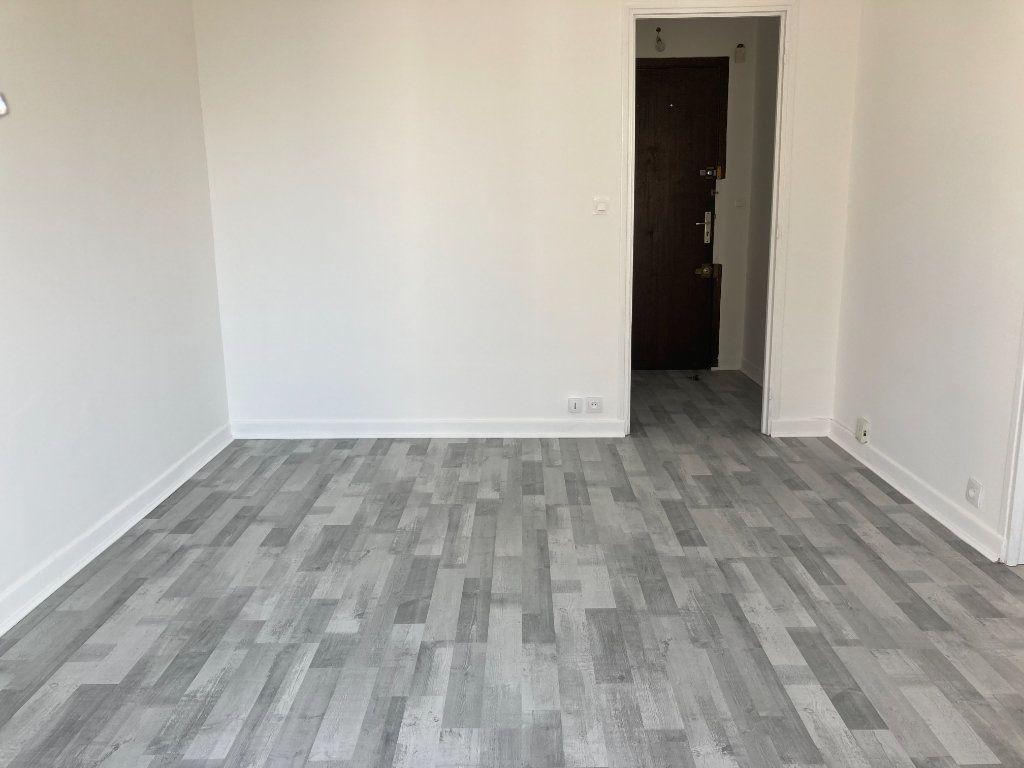 Appartement à louer 2 40.06m2 à Nice vignette-5