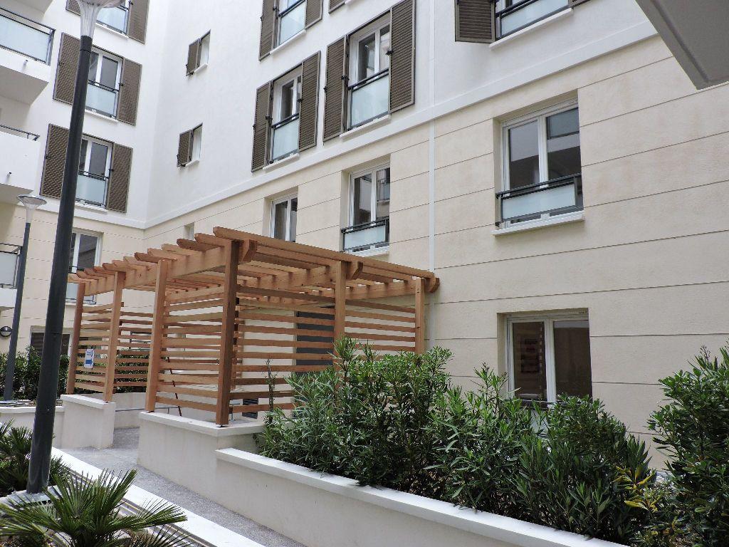 Appartement à louer 1 29.1m2 à Nice vignette-5