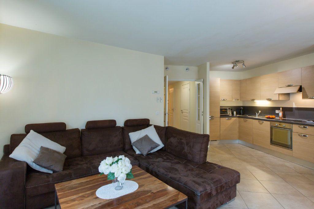Appartement à vendre 3 72.03m2 à Nice vignette-2