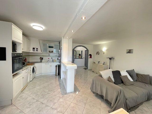 Appartement à vendre 3 63.89m2 à Carros vignette-2