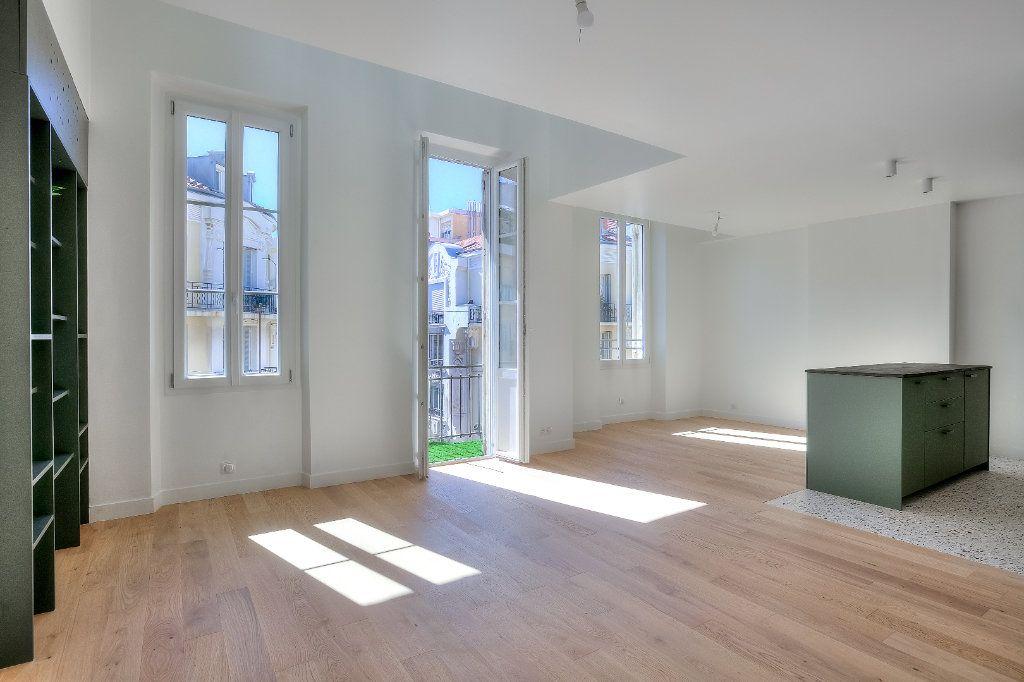 Appartement à vendre 4 82.94m2 à Nice vignette-1