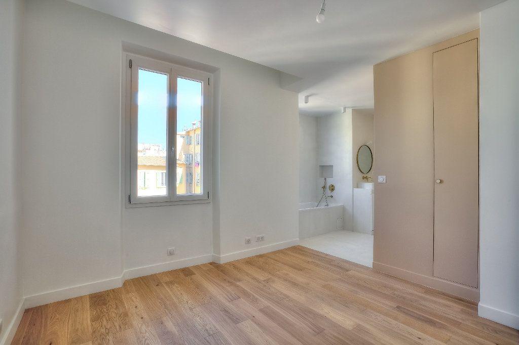Appartement à vendre 4 82.94m2 à Nice vignette-3
