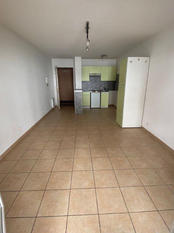 Appartement à louer 2 38.51m2 à Nice vignette-2