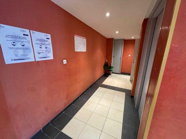 Appartement à louer 2 38.51m2 à Nice vignette-8