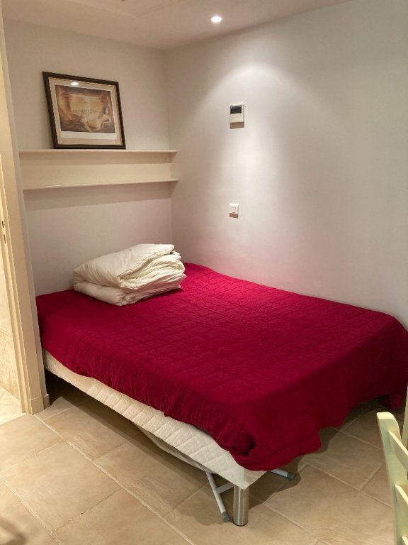 Appartement à louer 3 50m2 à Cannes vignette-8