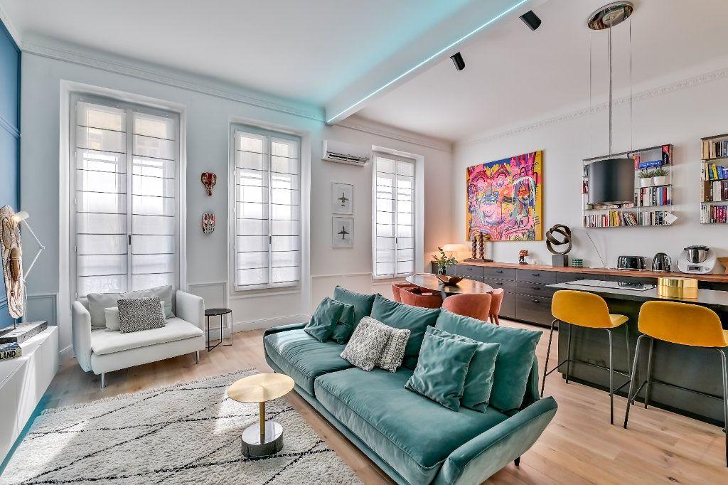 Appartement à vendre 4 106m2 à Nice vignette-1