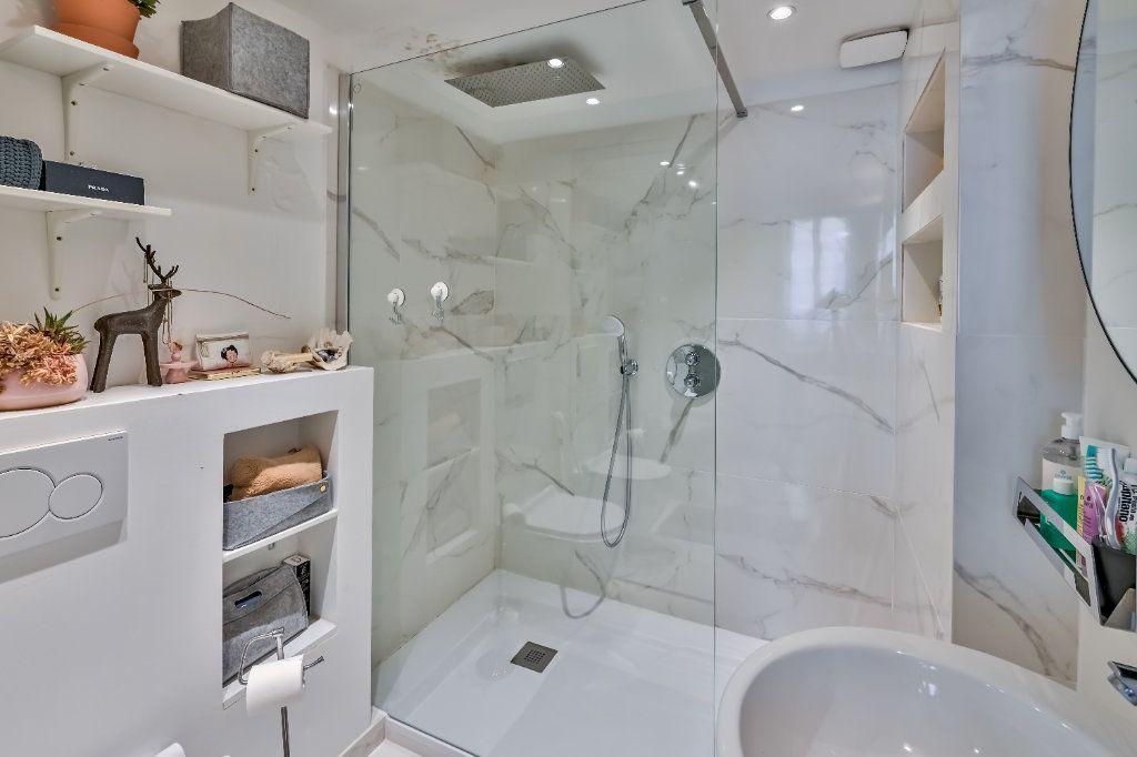 Appartement à vendre 4 106m2 à Nice vignette-9