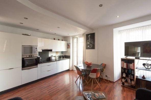 Appartement à louer 4 81.04m2 à Nice vignette-3