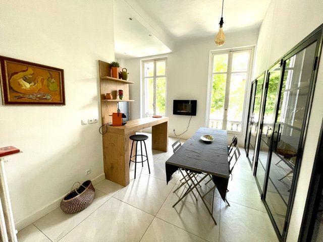 Appartement à vendre 4 108.2m2 à Nice vignette-5
