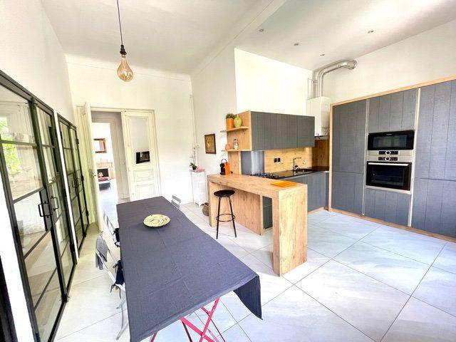Appartement à vendre 4 108.2m2 à Nice vignette-6